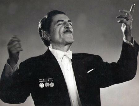 """Xalq artistinin mənzilində """"Açıq qapı"""" günü"""