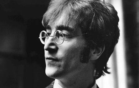 Con Lennonun imzaladığı albom hərracda