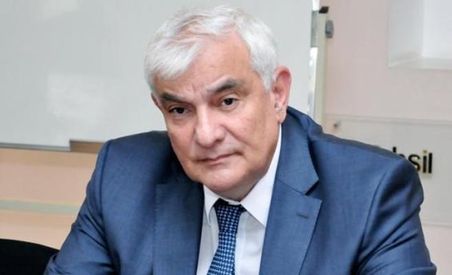 Kamal Abdulla şeirləri üzərindən özümə mesajlar - ESSE