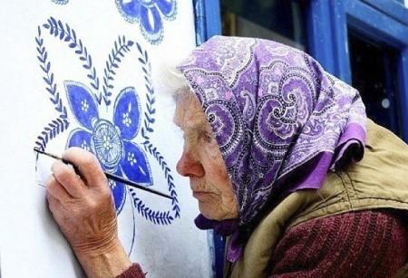 90 yaşlı Aqneşkanın maraqlı məşğuliyyəti