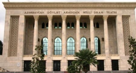 """Milli Dram Teatrında """"Açıq qapı"""" günü keçiriləcək"""