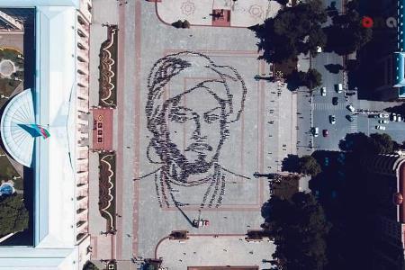 3 min gənc Nəsiminin canlı portretini yaratdı - FOTO
