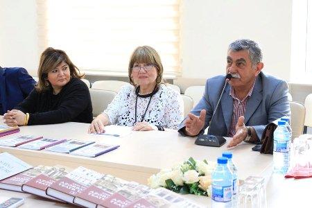 Professor İlham Rəhimlinin yeni kitablarının  təqdimatı keçirilib
