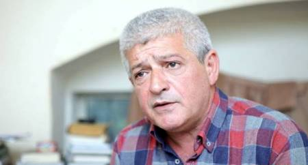 Cavanşir Yusiflidən yeni tərcümə kitabı - Foto