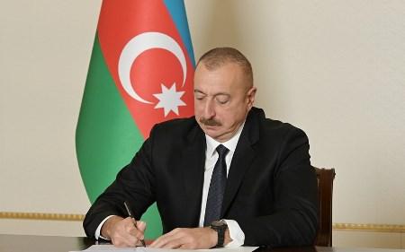 """Xalq artisti """"Şöhrət"""" ordeni ilə təltif edildi"""
