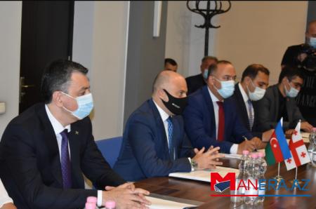 Azərbaycan-Gürcüstan mədəni əlaqələri müzakirə olunub