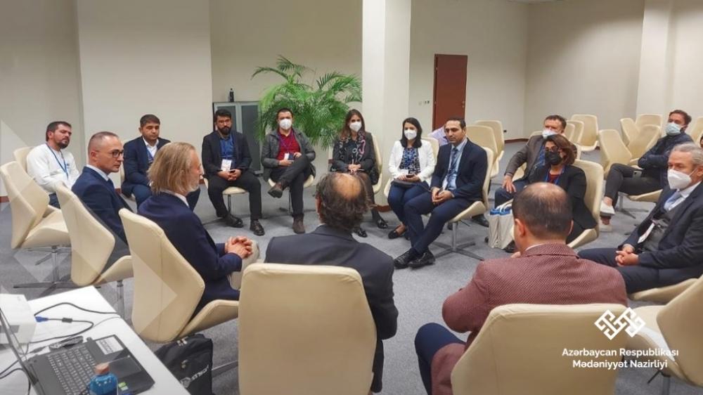 Azərbaycan və Türkiyə nəşriyyatlarının birgə seminarı keçirilib
